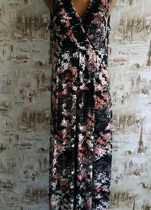 Очень красивое,нарядное платье в пол. 14 р-р(48-50)