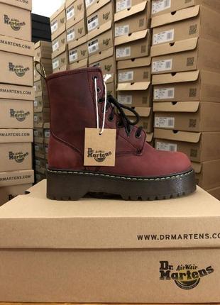 Зимние бордовые ботинки dr. martens на меху