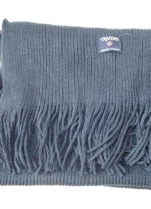 Темно-синий шарф с бахромой terranova италия