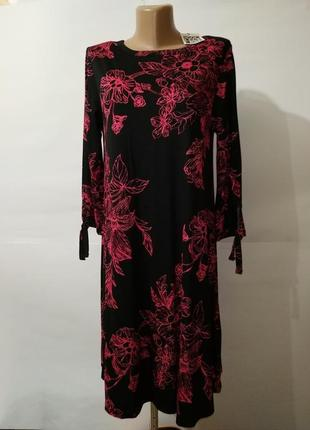 Платье новое трикотажное вискозное в цветы uk 12/40/m
