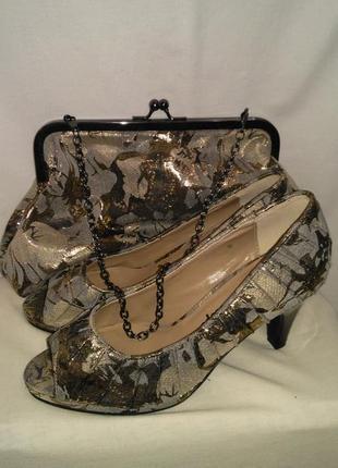 Супер шикарный набор туфельки и сумочка для самой крутой модни...