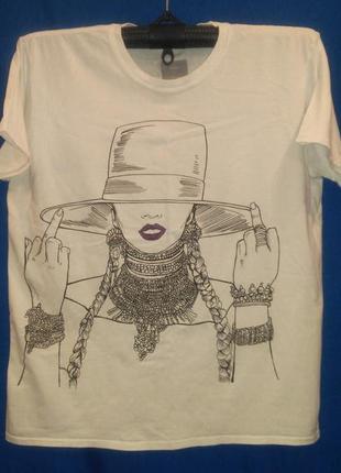 Очень  классная  футболка с  необычным  рисунком (beyonce )
