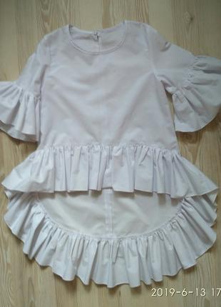 Очень красивая белая рубашка