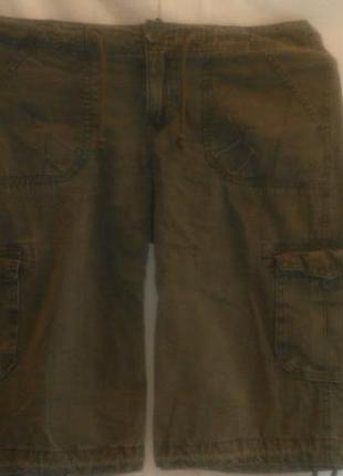 Классные шорты  цвета  хаки