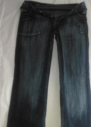 Красивые фирменные джинсы (d&g )