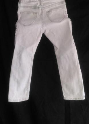 Красивые фирменные  джинсы  для  маленькой красавицы