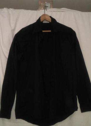 Хорошая мужская черная рубашка