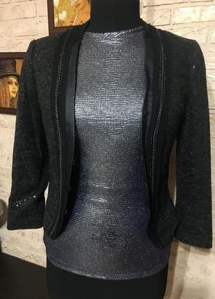 Пиджак в пайетки