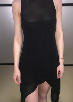 Сексуальное чёрное платье асимметричное s-m