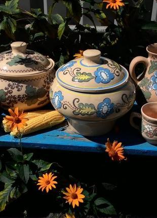 Глиняная посуда,  баняки,  чашки