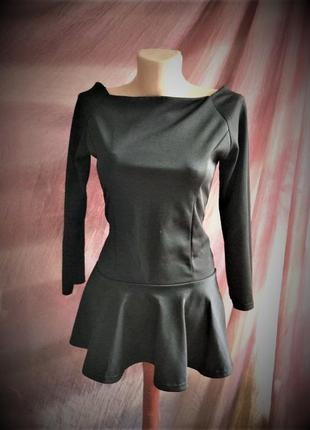 Эффектная блуза с баской, баска