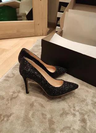 Женские туфли маленьких размеров 33, 34, 35