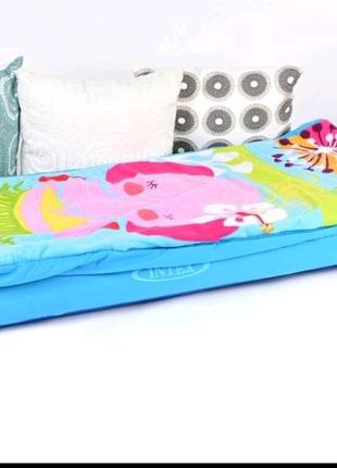 Матрас  надувной детский со спальным мешком