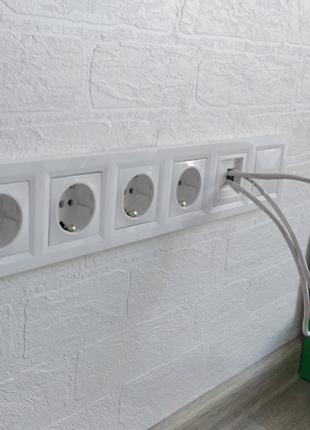 Установка и замена розеток, выключателей, светильников.