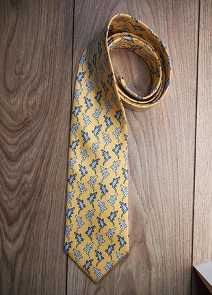 Стильный красивый  брендовый шелковый галстук  с крокодильчика...