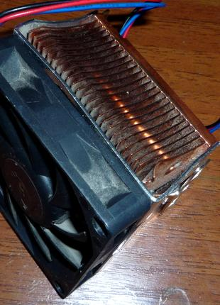 система охолодженні для 462 сокет А. мідний радіатор.
