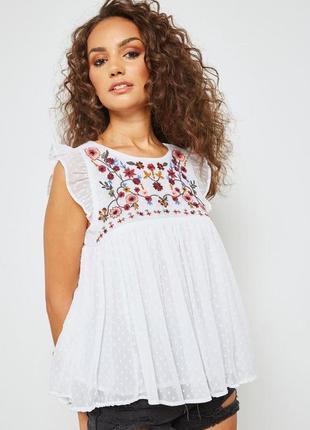Белая блузка вышиванка с вышивкой zara