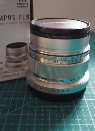 Объектив Olympus M.ZUIKO DIGITAL ED 12mm f2.0 Silver+UV фильтр