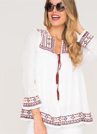 Блуза вышиванка с баской от груди,вышивкой,бахромой,помпонами ...