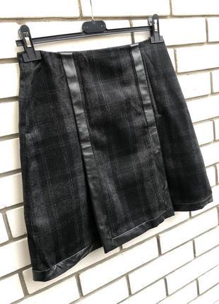 Шерстяная юбка в клетку,кожанная окантовка,шёлк подкладка,ориг...
