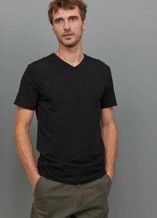 Черная футболка h&m , slim fit !