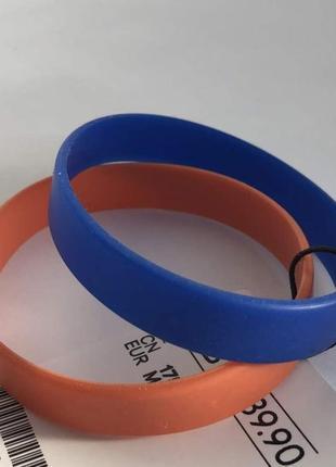 Силиконовые браслеты h&m на руку !