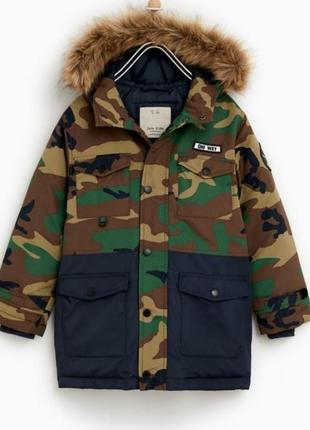 Удлиненная куртка парка zara