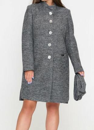 Стильное винтажное пальто букле 56% шерсти