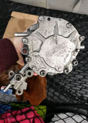 Вакуумний насос Skoda Octavia A5 1.9 tdi BKC Bosch F 009 D02 799