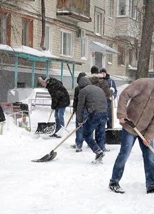 Выполним уборку территорий от снега, погрузку вывоз снега.