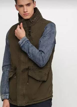 Куртка ветровка парка. pull& bear