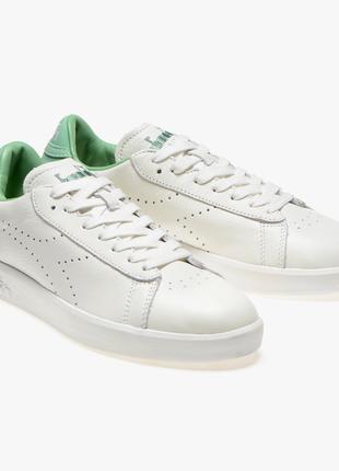 Жіночі кросівки Diadora