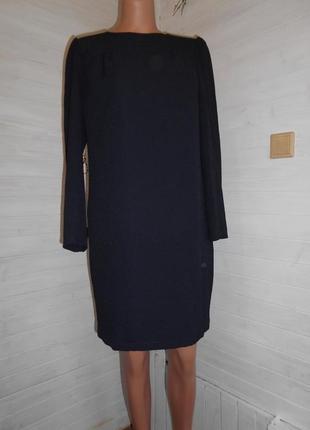 Платье красивое,с карманами и на подкладке