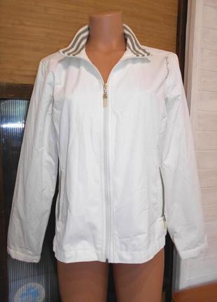 Красивая легкая курточка m-l