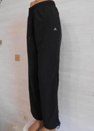 Классные спортивные штаны на подкладке