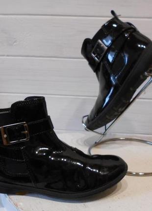Красивые детские ботиночки,полксапожки