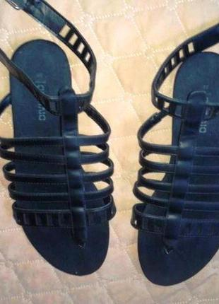 Летние сандали 38 рна 24 см