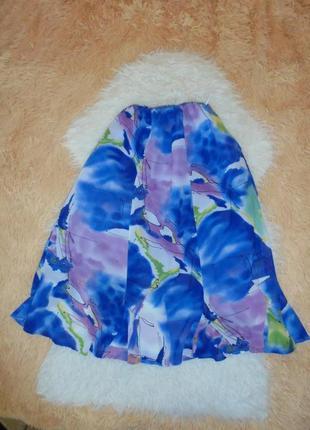 Очень красивая юбка  на подкладке