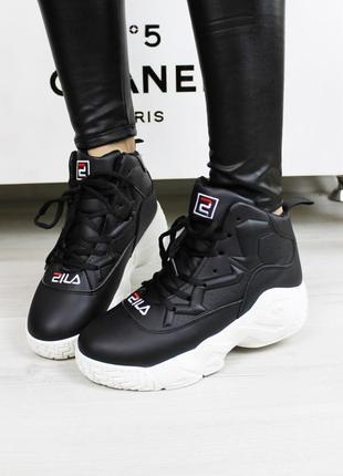 Зимние женские спортивные кроссовки ботинки черные на шнуровке