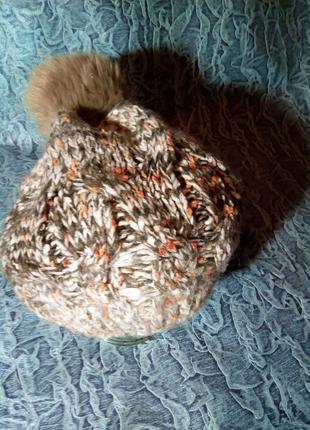 Женская шапка, крупная вязка.