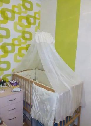 Продам детскую кроватку с матрасиком