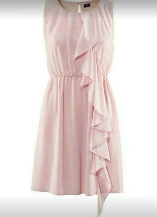 Шифоновое платье цвета пудра с воланом h&m