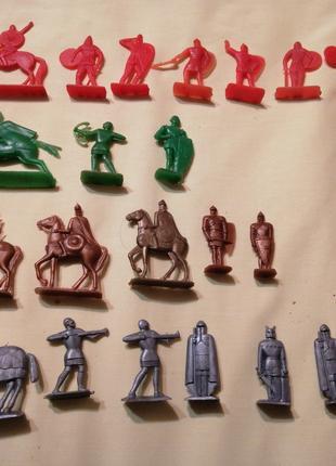 Фигурки ссср всадников и солдатиков