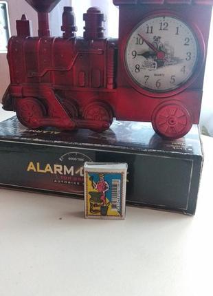 Часы паровоз на подарок мужчине или мальчику
