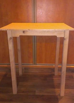 Продам стол кухонный ольха