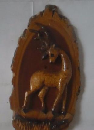 Скульптура резьба по дереву олень резная деревянная статуэтка