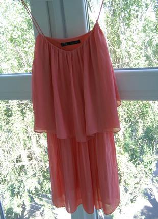 Zara актуальное платье xs-s-размер