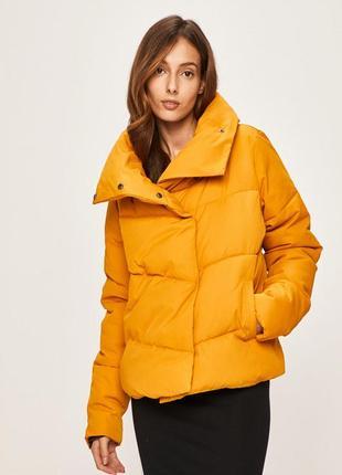 Теплая куртка  дутая answear