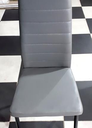 Стул Сицилия, каркас сталь черная, обивка сидения - серый кожзам.