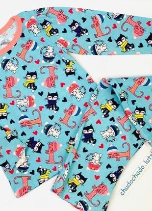 """Пижама для девочки с аппликацией и принтом """"котенки"""""""